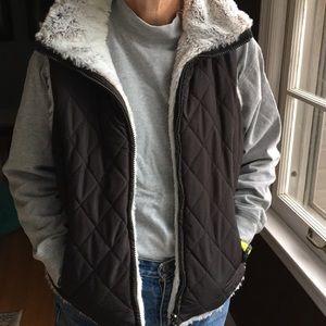 Jackets & Blazers - Ladies reversible black white furry vest